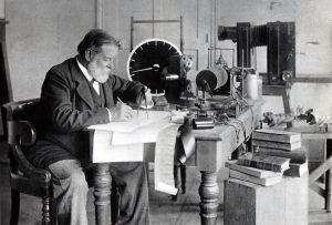 Etienne Jules Marey dans son laboratoire