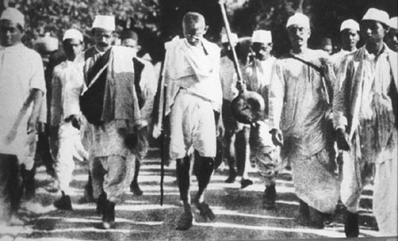 Gandhi, marche du sel